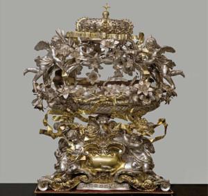 Massimiliano Soldani Benzi, Reliquiario di San Casimiro, 1687, argento fuso, sbalzato, cesellato, inciso e dorato, cm. 83 x 59. Firenze, Museo delle Cappelle Medicee